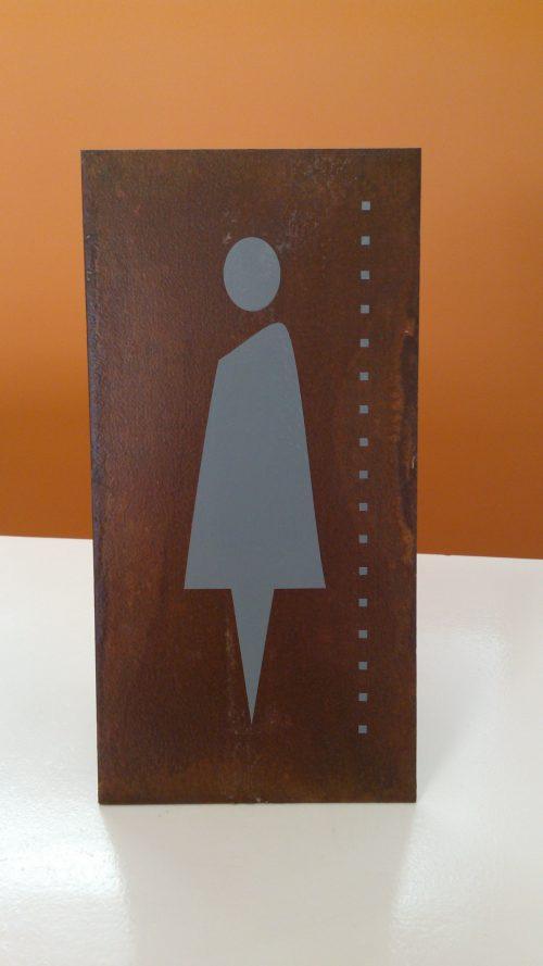 Placa em aço cortén com vinil adesivo